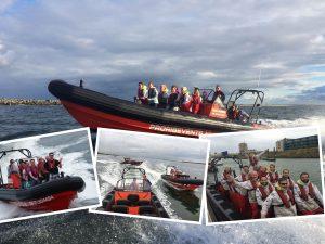 bedrijfsuitje speedboot varen