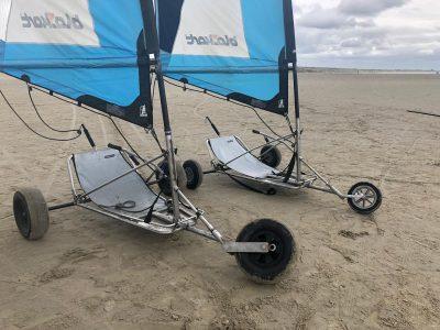 Blokarts met XL banden op het strand van IJmuiden