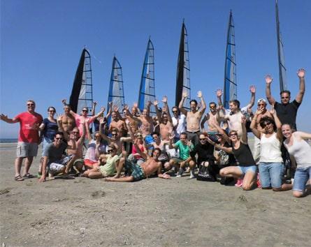 Groep blokarten strand Ijmuiden